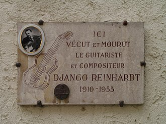 Django Reinhardt - Plaque commemorating Reinhardt at Samois-sur-Seine