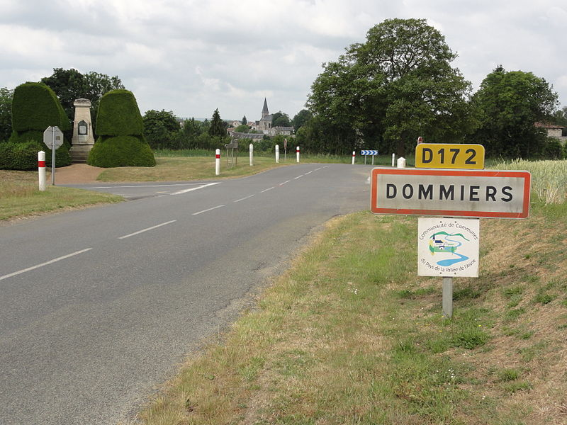 Dommiers (Aisne) city limit sign