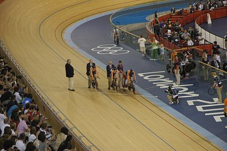 Team pursuit - Image: Dutch team Cycling at the 2012 Summer Olympics – Women's team pursuit (3)