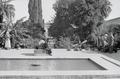 ETH-BIB-Brunnen in Garten in Fès-Nordafrikaflug 1932-LBS MH02-13-0345.tif
