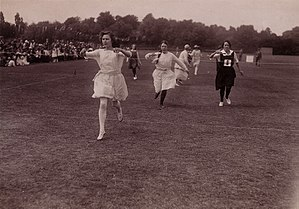 Egg-and-spoon race - Parents' race, c.1920; vintage postcard by Barratt's Photo Press of Fleet Street
