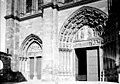 Eglise Notre-Dame - Portail ouest, deux portes - Mantes-la-Jolie - Médiathèque de l'architecture et du patrimoine - APMH00036061.jpg