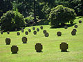 Ehrenfriedhof Koenigshoehe Graeberfeld.jpg