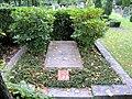 Ehrengrab Alter Zwölf-Apostel-Kirchhof (Schö) Friedrich Naumann.jpg