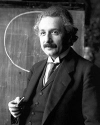 באיזה גיל נפטר אלברט איינשטיין ?