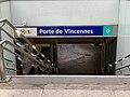 Entrée Station Métro Porte Vincennes Paris 7.jpg