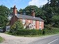 Estate House on Broad Lane - geograph.org.uk - 45948.jpg