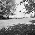 Exterieur zuidwestgevel distributiecentrum met zogenaamde sheddaken - Rotterdam - 20002316 - RCE.jpg