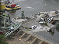 FEMA - 31389 - Interstate bridge collapse in Minnesota.jpg