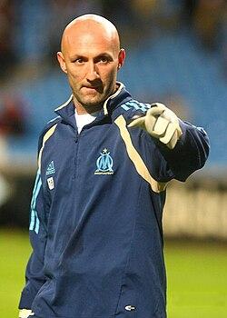 dd8adf2b6b2 Fabien Barthez à l'entraînement avec Marseille en 2006.