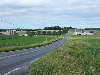 Heidelberg Township, Berks County, Pennsylvania - Image: Farms on Bernville Rd, Heidelberg Twp, Bercks Co PA 01