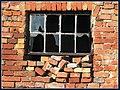 Fenster Metall Backstein - panoramio.jpg