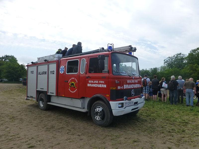 File:Fire engines at Græsted Veterantræf 2013 03.JPG