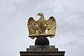 Fontainebleau - aigle impériale.JPG