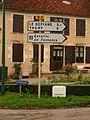 Fontenoy-en-Puisaye-FR-89-panneaux-11.JPG