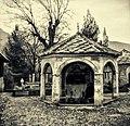Foutain Mostar Neretva.jpg