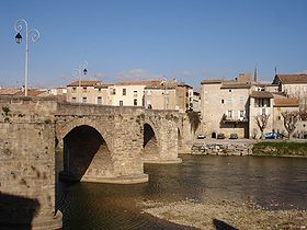 Most Pont Neuf nad reko Aude, Limoux