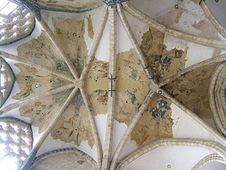Rib vault of church Sint-Niklaaskerk in Ghent, Belgium Fresco vault Gent.jpg