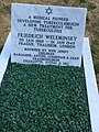 Friedrich Weleminsky grave full 02.jpg