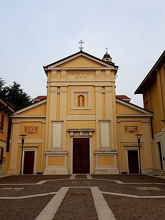 Church of St. Peter and Paul, Arese - The front side of the church of St. Peter and Paul.