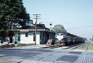 Palmetto (train) - The Atlantic Coast Line Railroad's Palmetto arriving at Decatur, GA on April 12, 1963