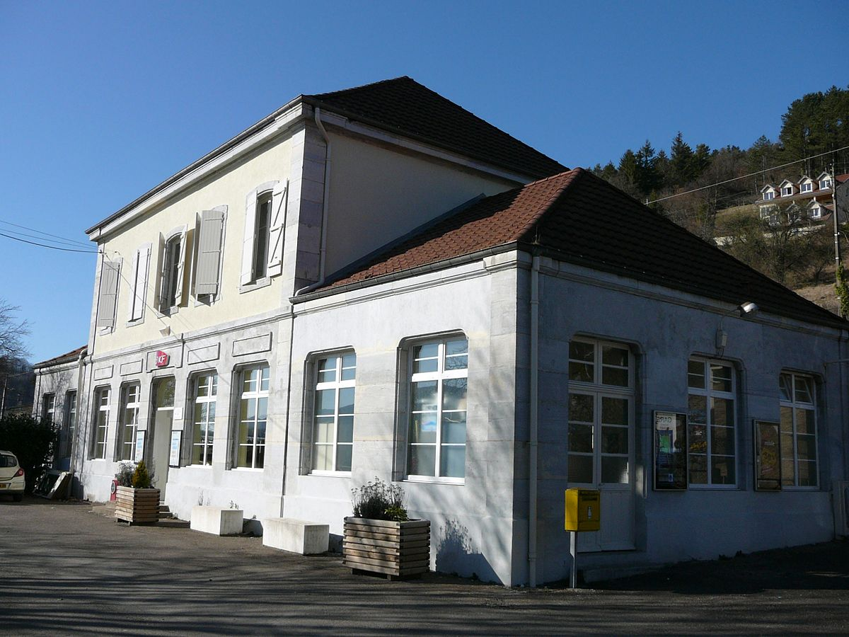 Gare de baume les dames wikip dia for Garage de la gare pontault