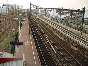 Les Ardoines (Paris RER) - Image: Gare des Ardoines 04