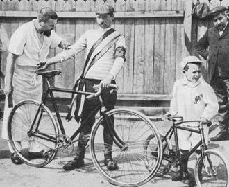 Maurice Garin - Garin with his masseur and son in 1903