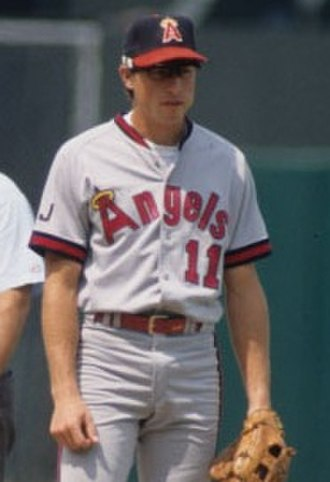 Gary DiSarcina - DiSarcina with the Angels in 1992