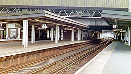 Gatwick Airport Station geograph-3884339-by-Ben-Brooksbank.jpg