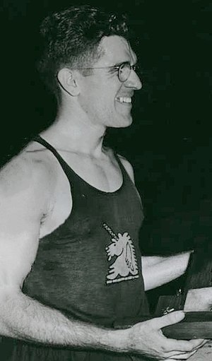 Gil Dodds - Dodds in 1944