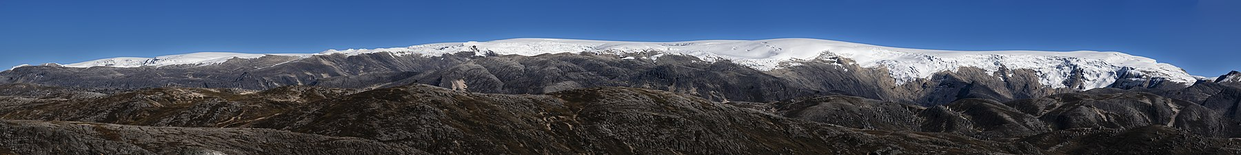 Glaciar Quelccalla.jpg