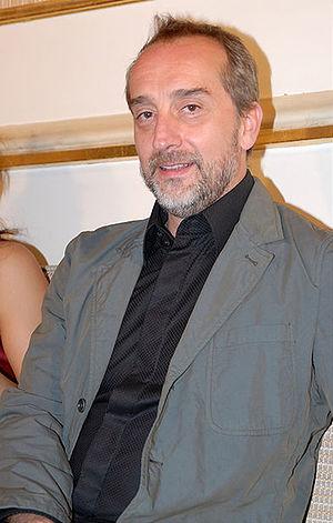 Castro, Gonzalo de (1963-)