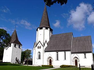 Lärbro Church - Image: Gotland Lärbro kyrka Gesamtansicht