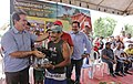 Governo entrega equipamentos agrícolas a comunidades de Tarauacá (25841285860).jpg
