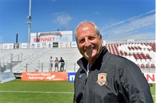 Graham Smith (footballer, born 1947) English footballer