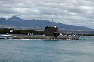 HMAS Waller entering Pearl Harbor in 2008