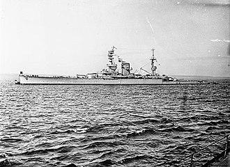 HMS Courageous (50) - Image: HMS Courageous WWI