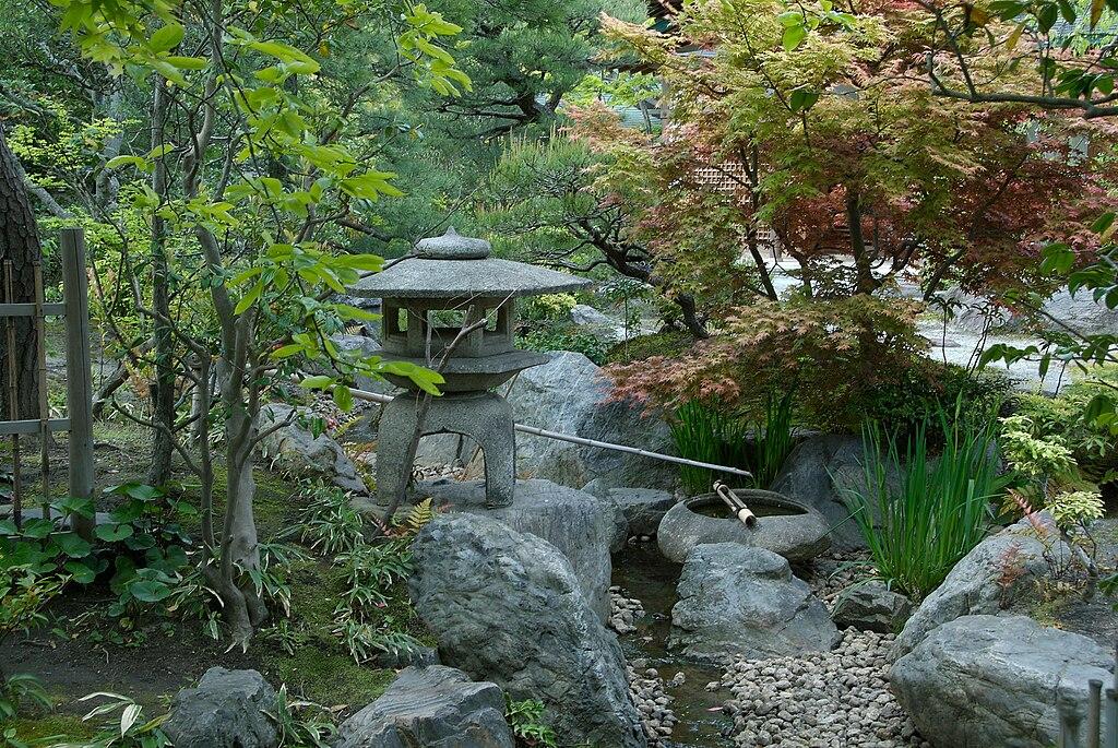 Hachimangu peony garden kamakura