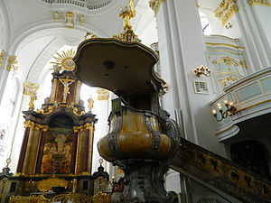 St. Michael's Church, Hamburg - The baroque pulpit and altar of St. Michael's Church