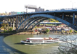 Circle Line Sightseeing Cruises - The Circle Line XVII touring the Harlem River