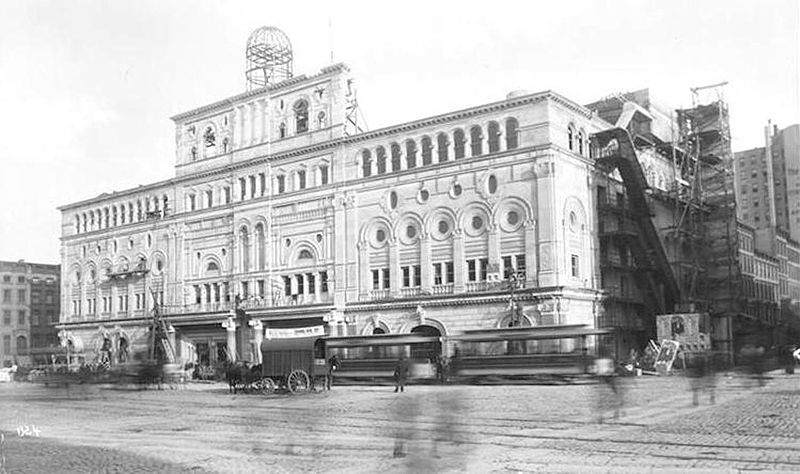 File:Hammerstein's Olympia, Longacre (Times) Square, Manhattan.jpg
