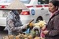 Hanoi Vietnam Street-vendors-in-Hanoi-04.jpg