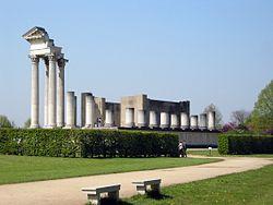 Harbor temple (1) (archaeological park Xanten, Germany, 2005-04-23).jpg