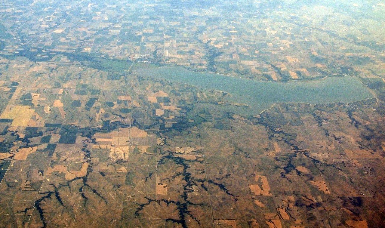 File:Harlan County Lake, Nebraska (9181529538).jpg ...