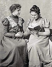 Helen Keller and her teacher Anne Sullivan