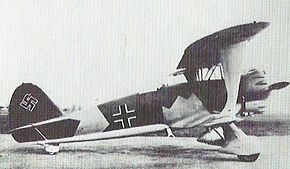 Henschel Hs 123 on ground.jpg