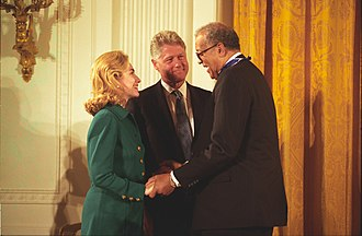 A. Leon Higginbotham Jr. - Judge Higginbotham with Hillary Clinton and President Clinton at the Medal of Freedom presentation
