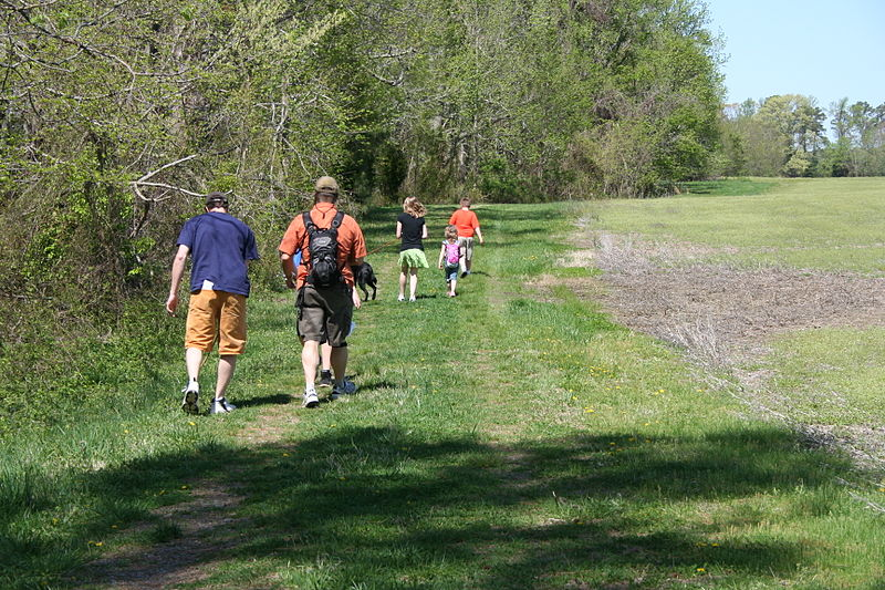 File:Hiking at Belle Isle (7488685428).jpg