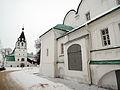 Holy Trinity Church and Protection Church in Alexandrov 01 (winter 2014) by shakko.JPG